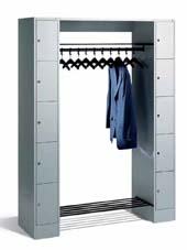 offene garderoben und schlie f cher. Black Bedroom Furniture Sets. Home Design Ideas